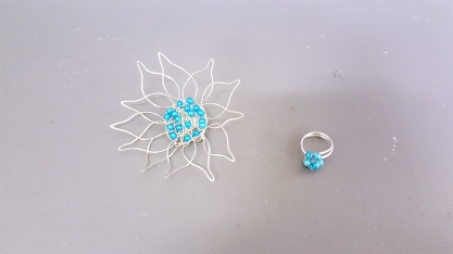 clare jewellery working with wire 1 edit
